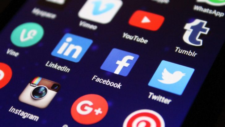 Us Survey Shows That Social Media 'likes' Catch The Eye Of One In Five Shoppers